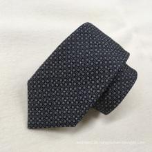 Großhandels-Oem-Qualitäts-schwarze Polka-ordentliche Art und Weise gesponnene Krawatten 100% Silk