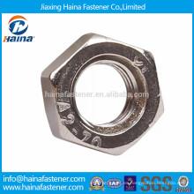 En stock DIN934 tuerca hexagonal de acero inoxidable