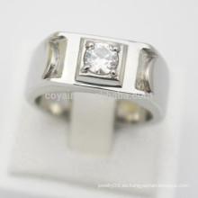 Diseño de su propia joyería de plata Barato Hombres de acero inoxidable Hombres Anillos de compromiso Diamantes