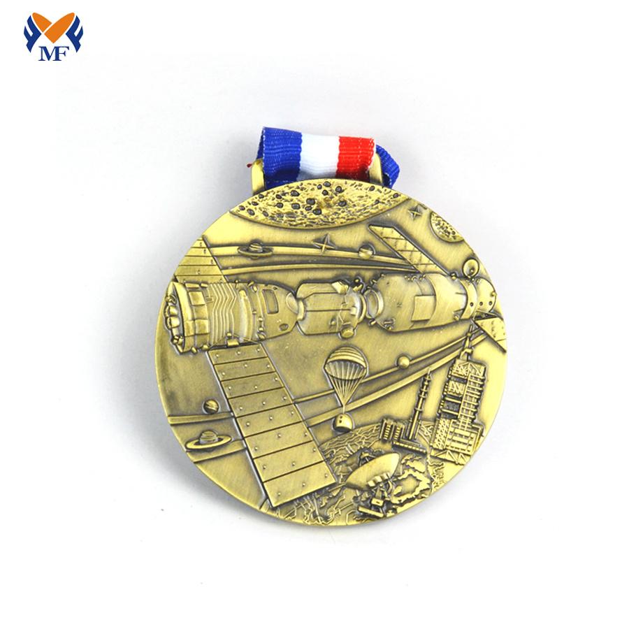 Gold Medal Model