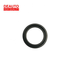 Hot selling good quality UM51-33-065 Oil Seal Front Hub for Japanese cars