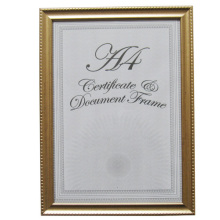 Золотой простой и элегантный A4 сертификат кадр