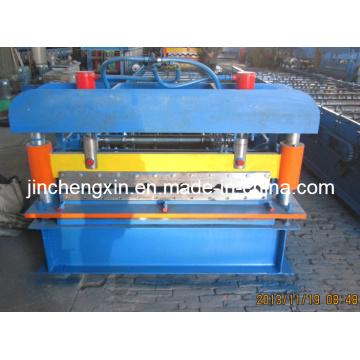 Máquina perfiladora de paneles metálicos