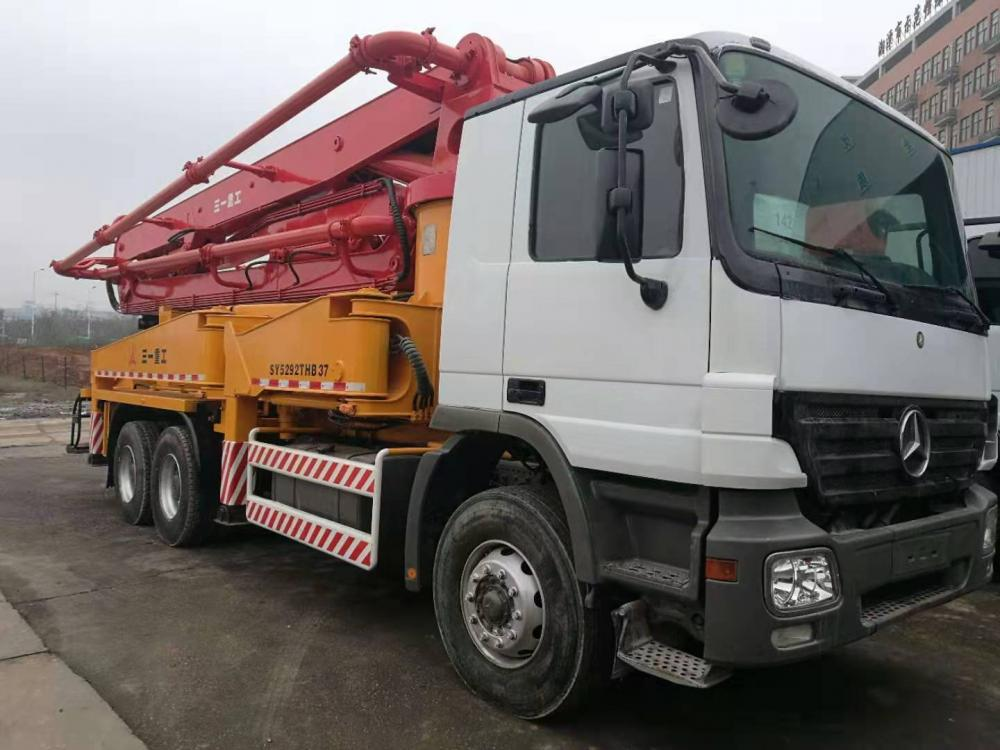 Used Concrete Pump Truck 06