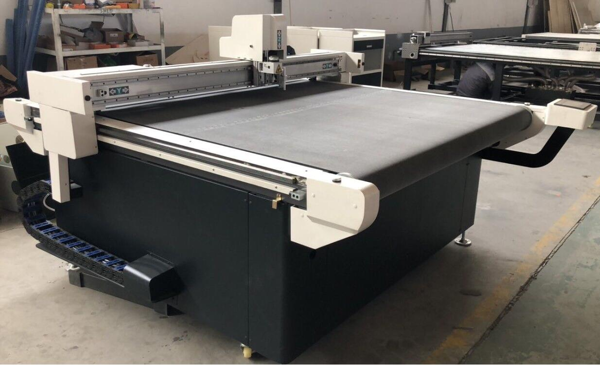 cloth fabric cnc cutting machine
