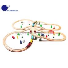 DIY Art hölzerner klassischer Eisenbahn-Zug-Spielzeug-Installationssatz