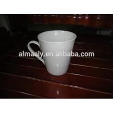 canecas de grés branco para café
