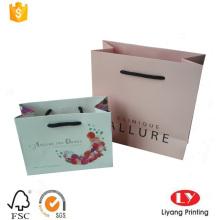 saco de presente de papel revestido personalizado com alça