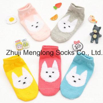 Оптовые продажи Симпатичные хлопковые носки для девочек с пером пряжи шаблоны