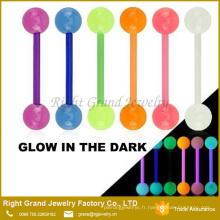 Glow dans l'obscurité UV acrylique Barbell piercing langue anneaux bijoux de corps