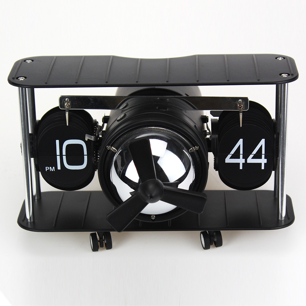 Lovely Warcraft-shape Flip Clock
