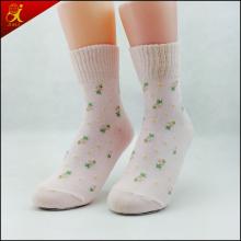Beliebte schöne benutzerdefinierte Damen kaufen Socken