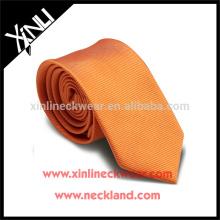 Perfeito Knot 100% Handmade tecido de seda Mens Slim gravata laranja