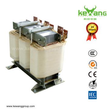 Transformateur de tension automatique triphasé 380V / 220V