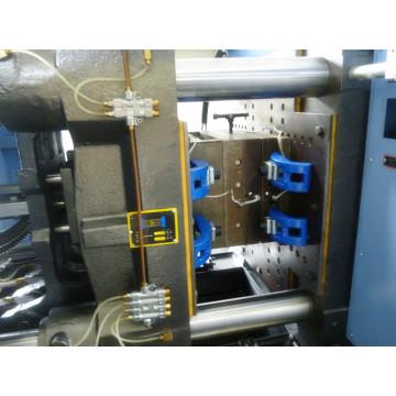 Машина для литья под давлением бакелита 70 тонн