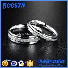 L'anneau en argent 925 en argent fait sur commande pour mariage