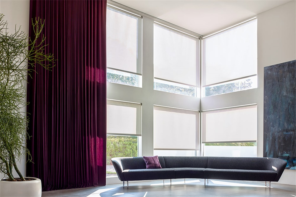 Motorized Fabric Curtain