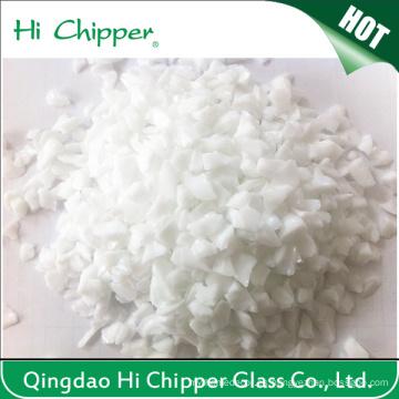 Decoración de chips de vidrio blanco triturado