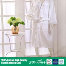 100% algodón Fancy wholesale hotel blanco albornoz