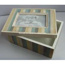 Novo quadro de caixa de madeira antiga com abertura (628019)