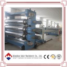 Chaîne de production en plastique de PVC de feuille / panneau / extrudeuse de plat