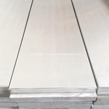 Feuille d'aluminium ultra plate pour équipement médical