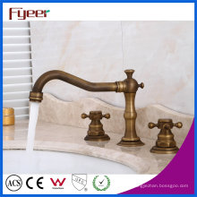 Fye difundido Antique Brass Bacia Water Tap