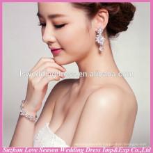 WS0004 wedding party bridal silver hand chain fashion design