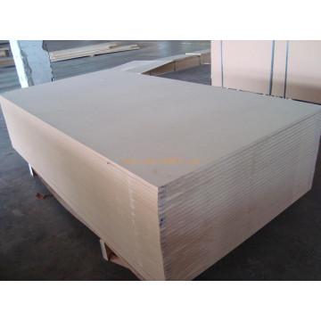 1235 * 2620 * 7.5mm HDF Bord für Saudi Arabien Markt aus China
