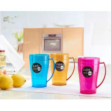 Suzhou Manufacturer of Personality Design Plastic Cup
