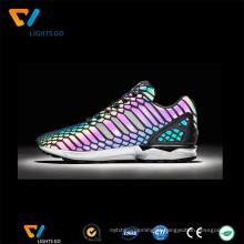 Atacado chamativo arco-íris reflexivo material colorido sapatos
