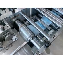 Automatische Verpackungsmaschine für chirurgische/Atemmasken