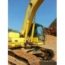 Excavatrice Komatsu hydraulique sur chenilles 2011 (PC200-8)