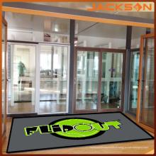Tapete de porta de borracha de logotipo de poliéster novo design