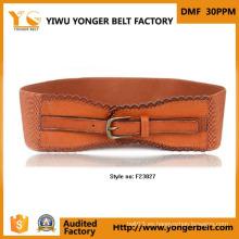 Cinturón de vestir rojo de cuero PU de material de gamuza de moda