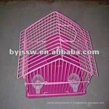 Cage de hamster enduite de poudre