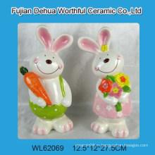 Керамический кролик для украшения дома