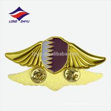 Presentes novos da lembrança da arte de alta qualidade emblema de Qatar do país