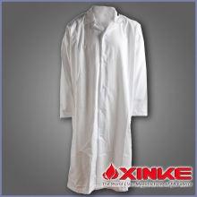médico de jaleco branco de estilo quente para hospital