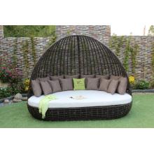 Exclusivo de diseño con clase sofá sintético rattan / cama Sunbed con arco para el jardín al aire libre Resort piscina muebles de mimbre