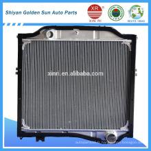 Radiateur en aluminium pour camions lourds à haute efficacité 1301N4-010