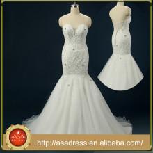 RASA-26 Robe de mariée à main faite main sans bretelles Robe de mariée à sirène sans bretelles Robe de sirène à perles en satin blanc avec cristaux Forme de fleur