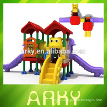 2015 hot selling commercial kids plastic slide and outdoor park play structure