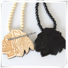 Fashion Portrait Shape Pendant with Wood Beads Chain Hip Hop Necklace (IO-wn033)