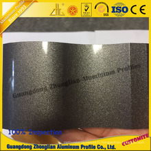 Profil en aluminium adapté aux besoins du client d'extrusion de couleur d'électrophorèse pour des décorations