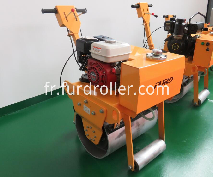 Honda engine single drum walk behind roller