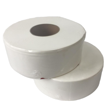 Grandes rolos de papel higiênico para banheiros de hotéis