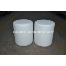 Black and white series ottoman in white XYN462