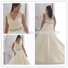 Real sample pictures Stunning Plus size Lace Applique Beading V-neckline Floor length Sexy Wedding Dresses 2015 (YASA-903)