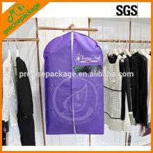 Paquet de vêtement non tissé vente chaude avec fermeture à glissière avant